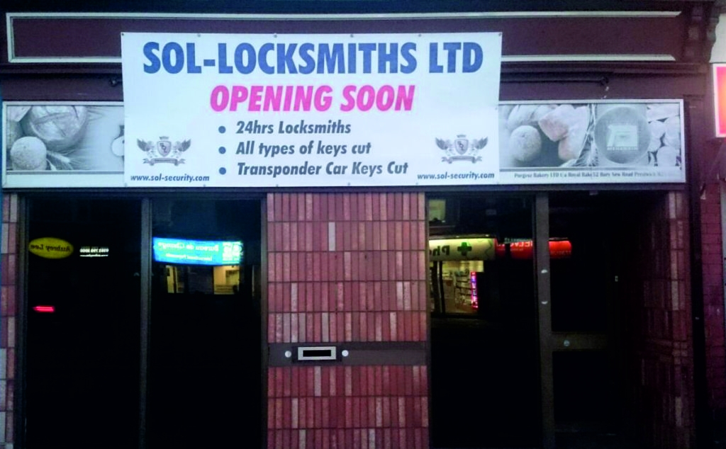 banners-outdoor-adverting-posters-bury-graphics-signs-manchester