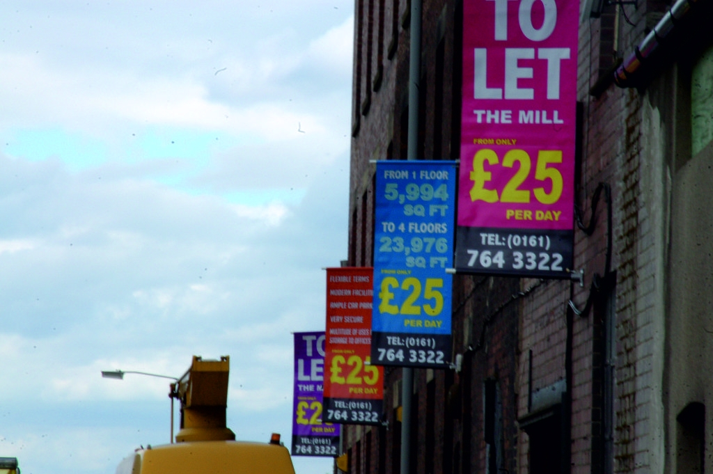 sign-fitting-printing-bury-manchester-graphics-design