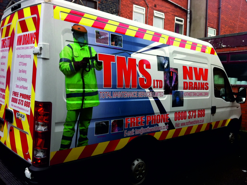 wrapping-vehicle-graphics-sticker-bury-graphics